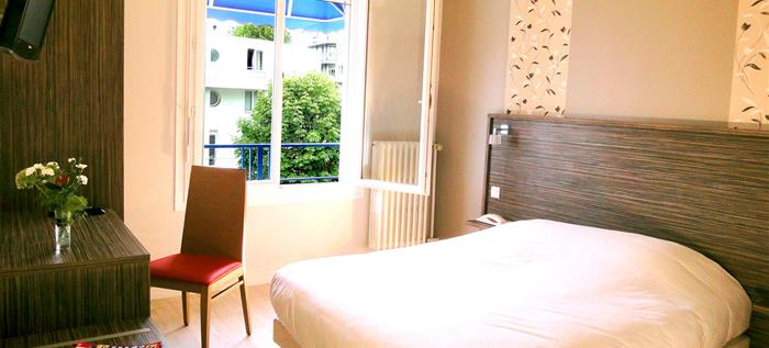 Low budget hotel lorient the rooms h tel les p cheurs for Low budget hotel